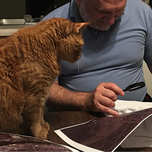 Evinrude helps with the map reading. © Kayigh Jung. Used with permission.